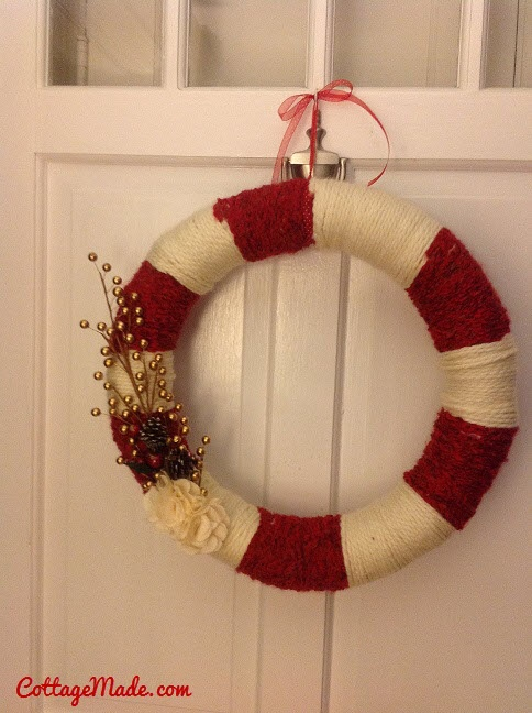 Red and White Xmas Wreath